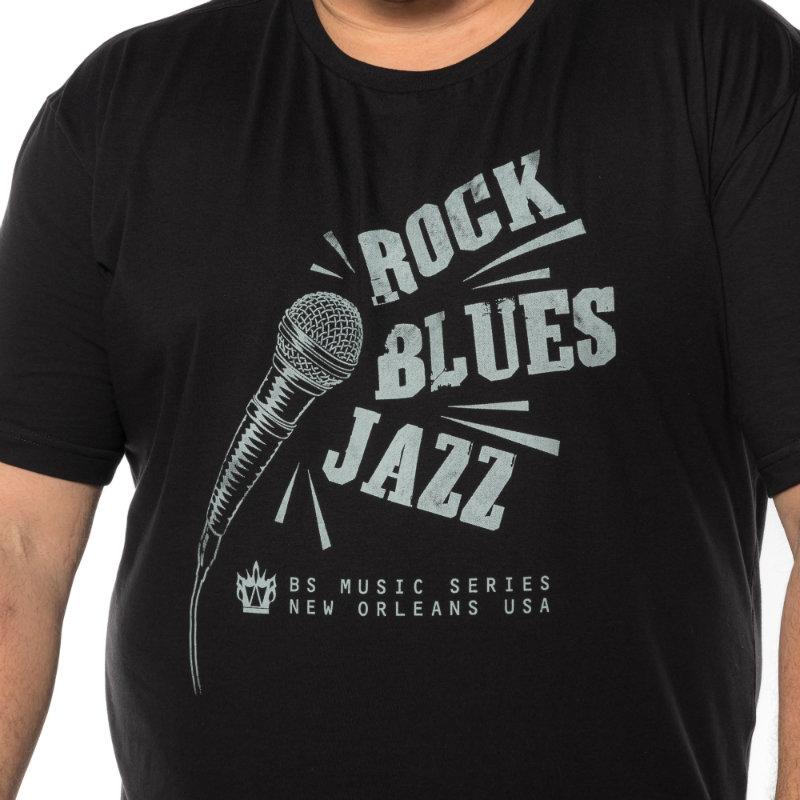 Camiseta plus size estampa Rock Preta