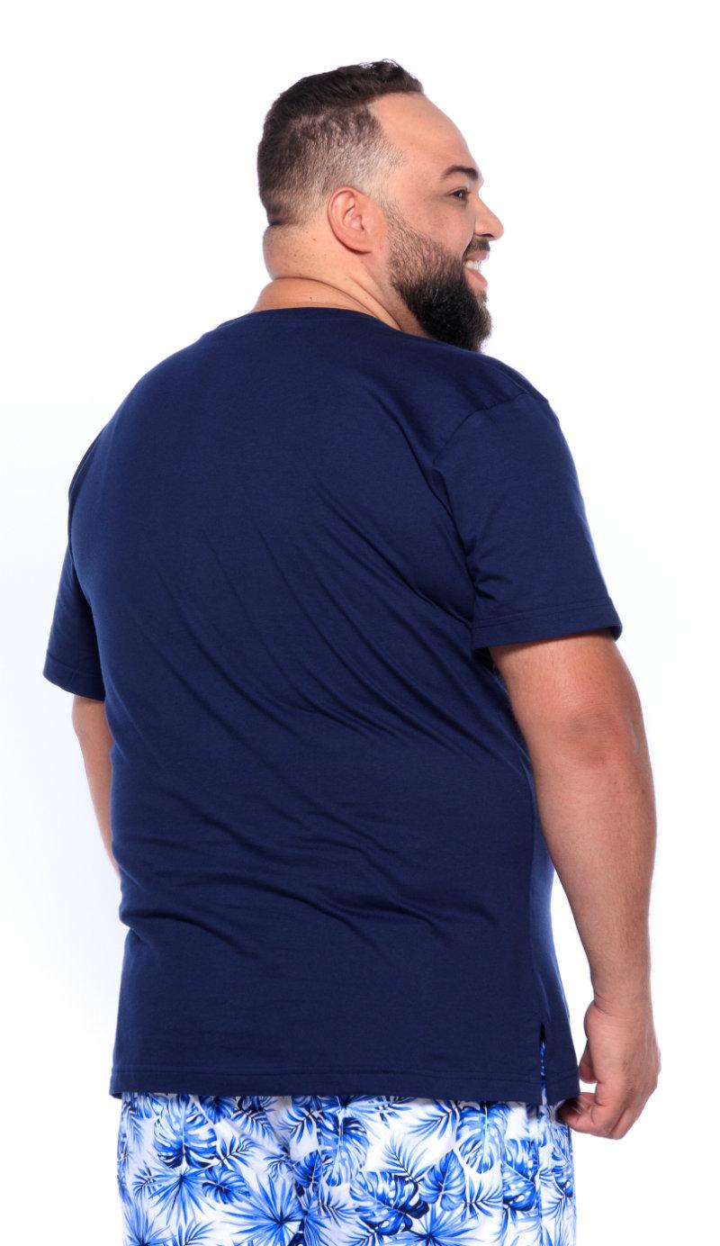 Camiseta plus size Gola V Azul Marinho