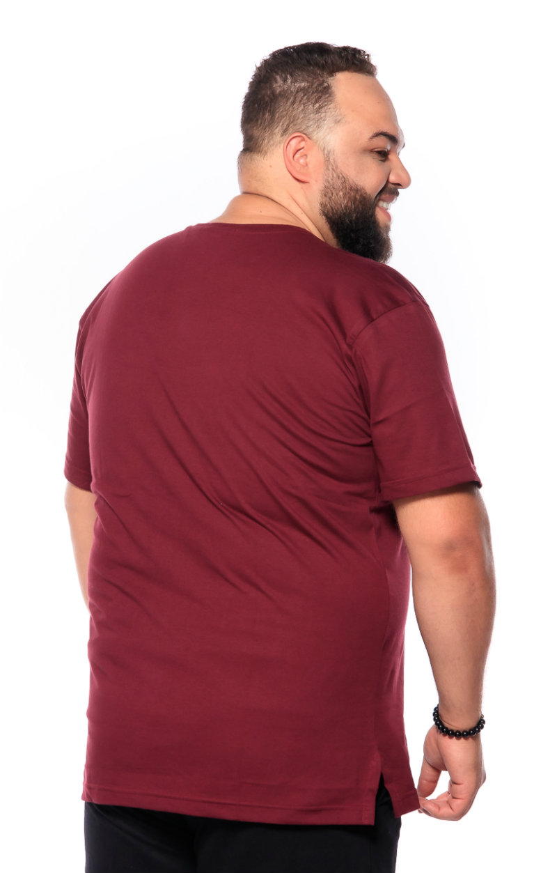 Camiseta plus size Lisa Vinho