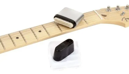 Limpador De Cordas Speed Slick Fender  - GuitarParts Brasil