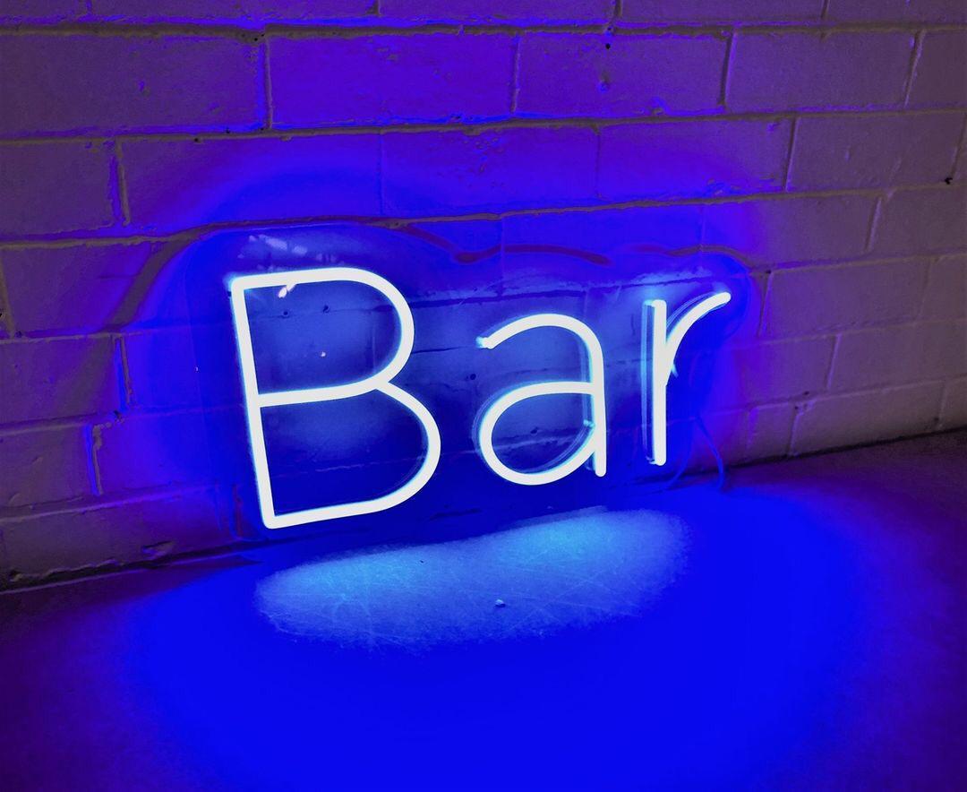 Bar em Neon Led