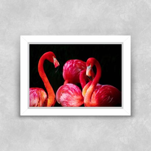 Quadro Cisney Vermelho - Moldura Tradicional com Vidro