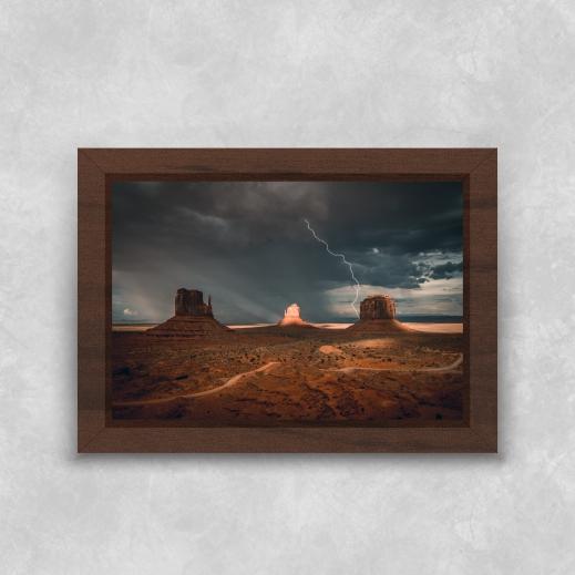 Quadro Pedras no Deserto - Moldura Tradicional com Vidro