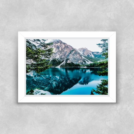 Quadro Lago Azul - Moldura Tradicional com Vidro