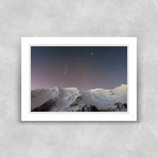 Quadro Pico de Neve - Moldura Tradicional com Vidro