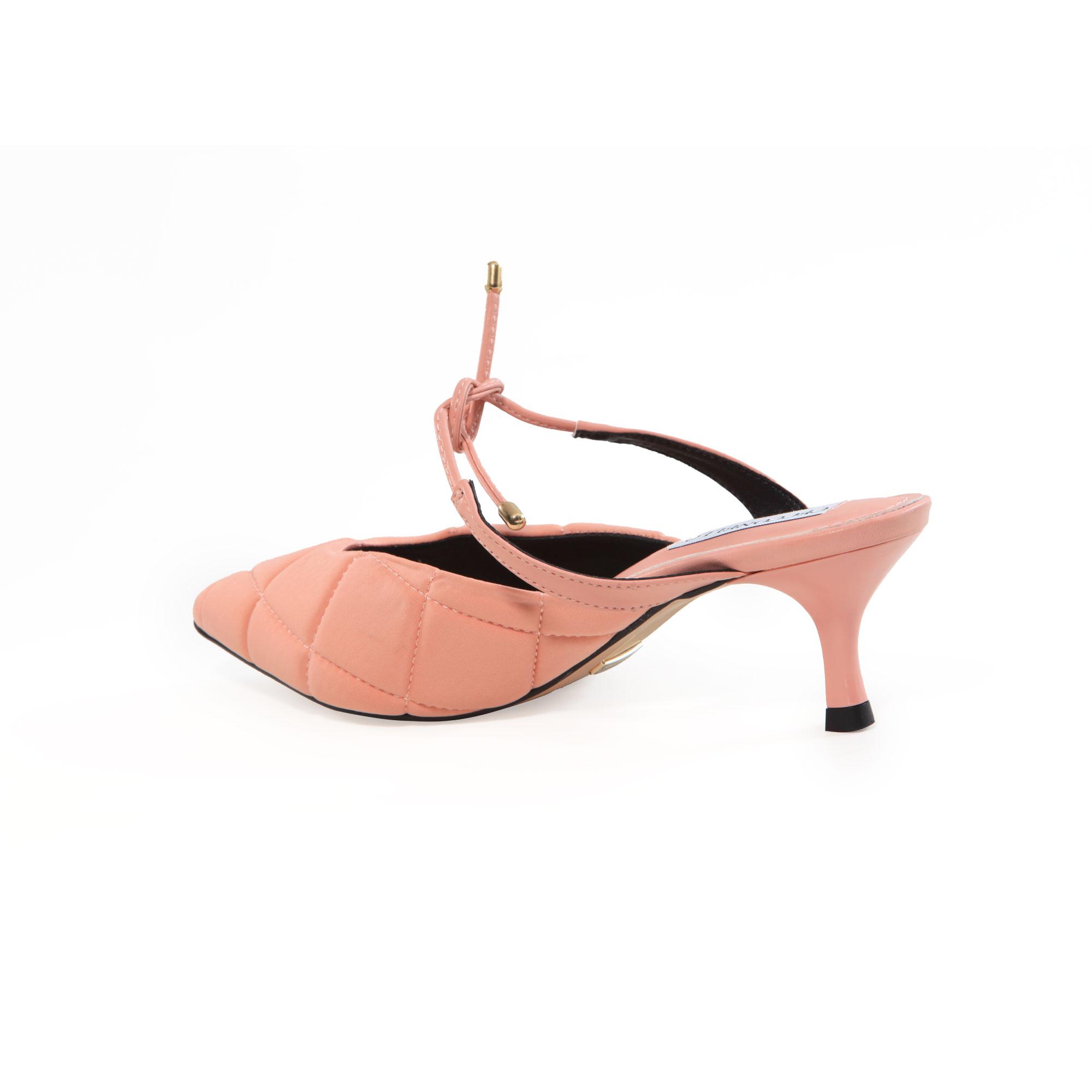 Mule Cecconello Rosa Comfy Matelassê Amarração no Peito Salto Baixo Fino 5,5cm