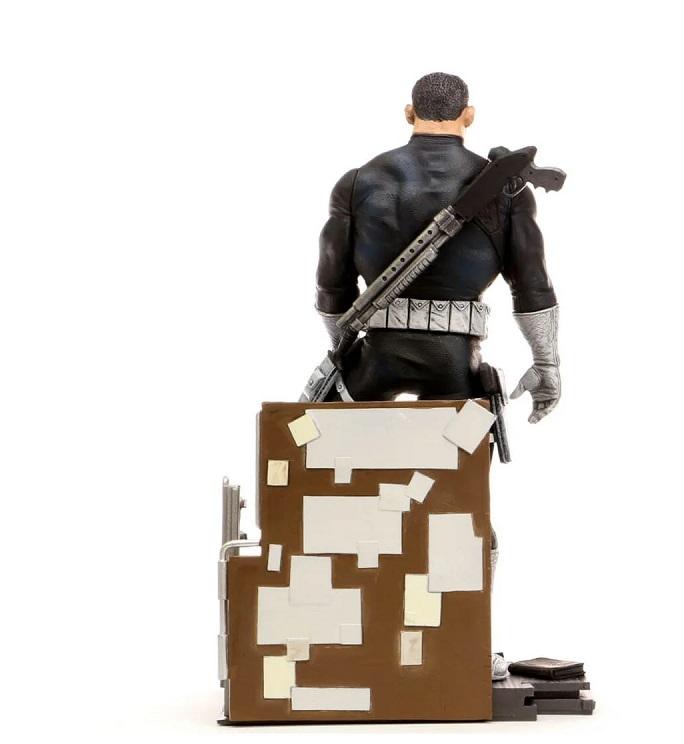 Estátua The Punisher PVC Diorama Marvel - Diamond Gallery