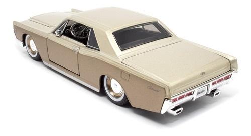 Miniatura Carro 1966 Lincoln Continental 1:26 Maisto Design