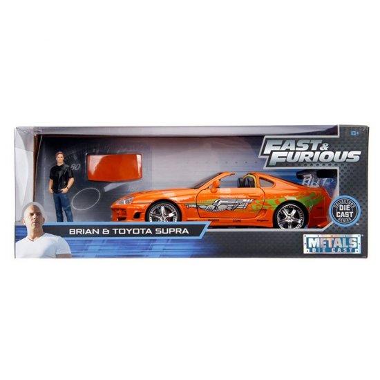 Miniatura Carro Toyota Supra c/ Figura Brian - Velozes e Furiosos - Metals Die Cast - 1:24 - Jada Toys