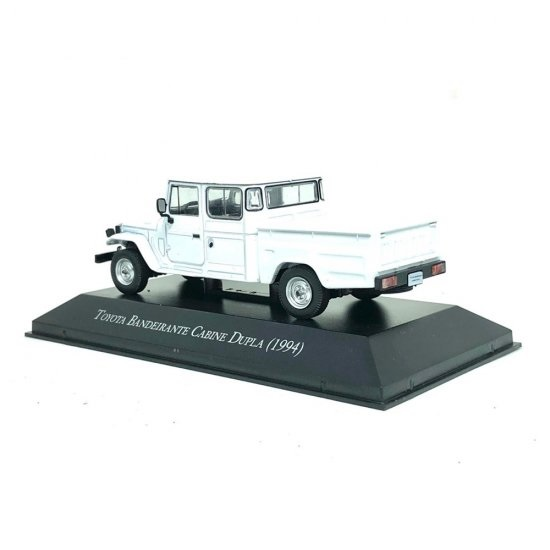Miniatura Toyota Bandeirante 1994 Carros Inesquecíveis 1:43