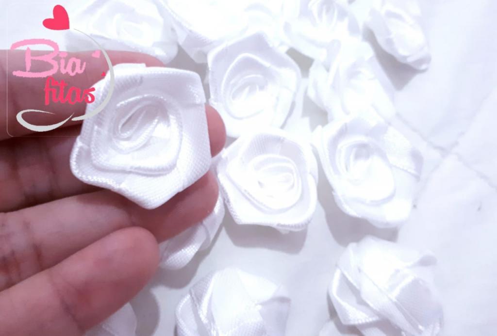 Flor Rococó Branco 01*