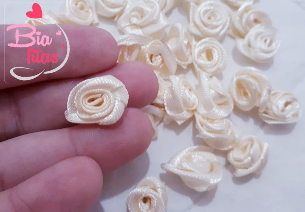 Mini Flor Rococó Creme 09
