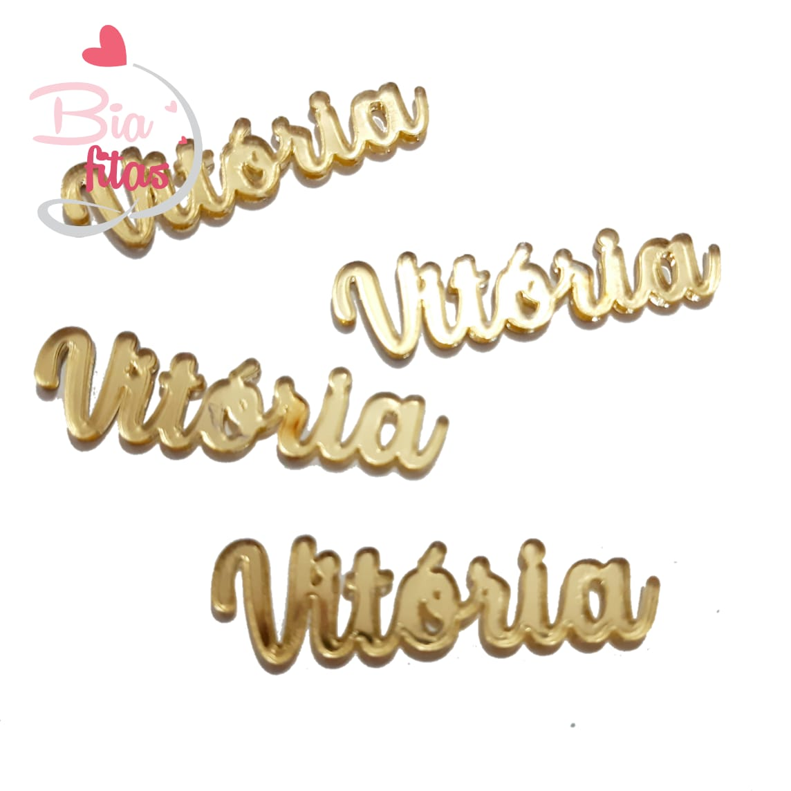 Nome Simples em Acrilico Dourado Espelhado - Vitória