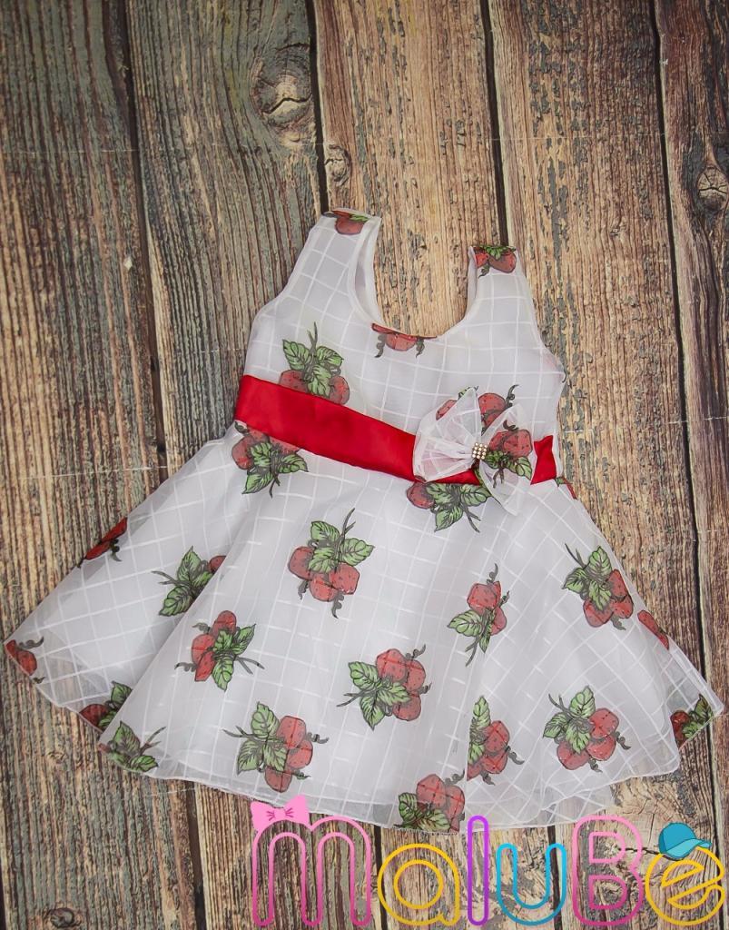Vestido de Organza Estampa Morango