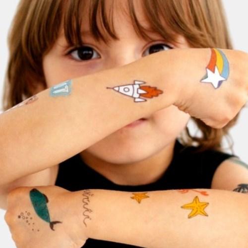 Tatuagem temporária infantil brilha no escuro - Glowfun