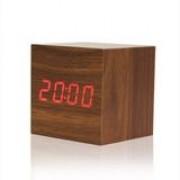 Relógio Cubo de Madeira - Wish