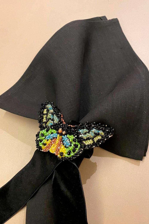 Collab Arte Sacra Casa + Ma Perle - Guardanapo 100% linho preto + Porta guardanapo borboleta