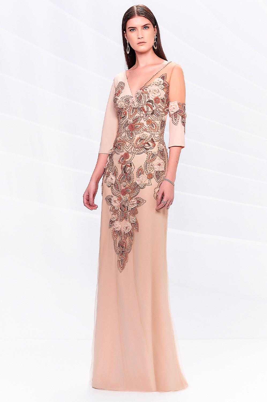 Vestido bordado pedraria e flores de tecido