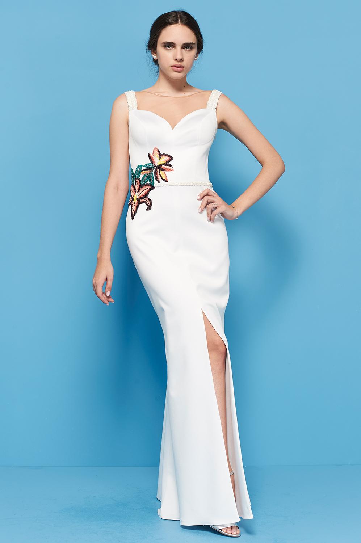 Vestido crepe com flor cordada