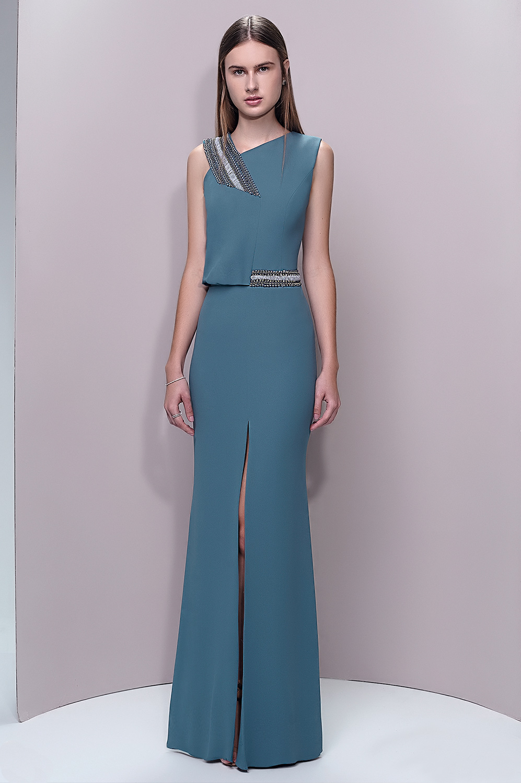 Vestido de alça assimétrica bordada