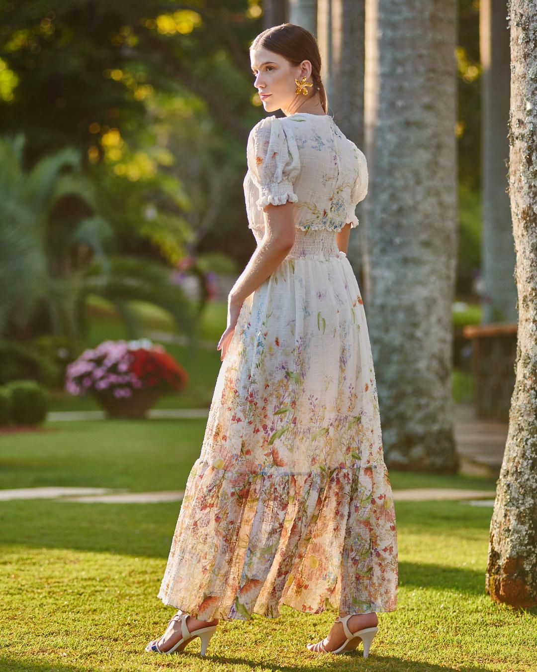 Vestido estampa garden crepe crushed com manguinhas