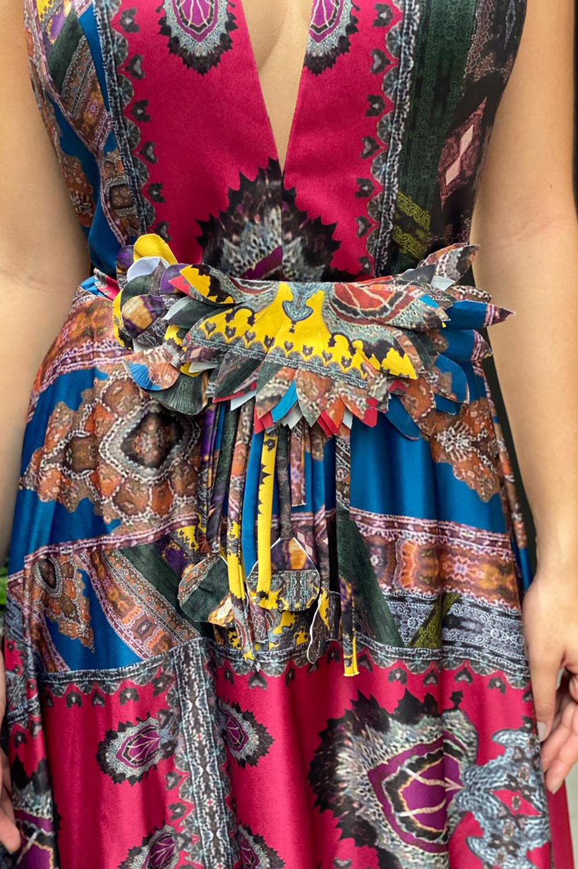 Vestido longo estampado com cinto