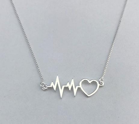 Colar de Prata Batimento com Coração