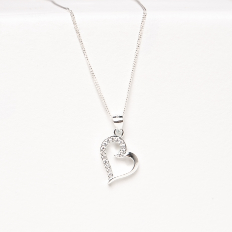 Colar de Prata Coração Desenhado com Zircônia