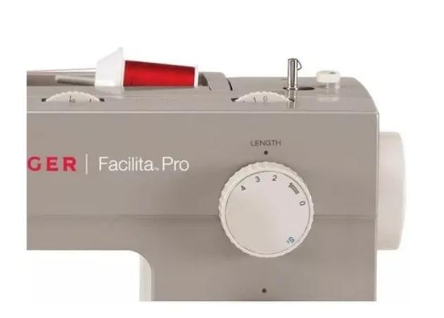 Maquina de costura Singer Facilita Pro 4423