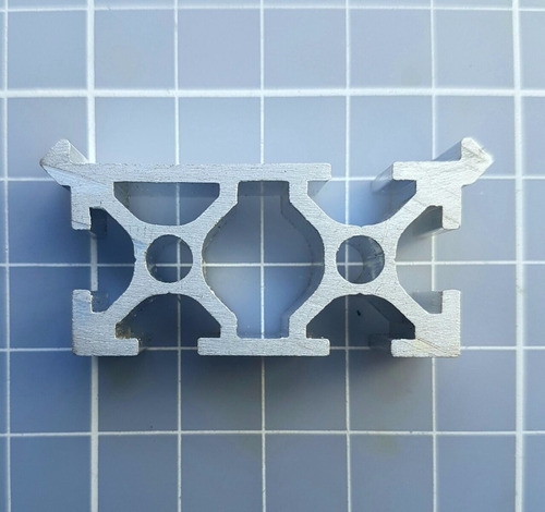 Perfil De Alumínio Estrutural 20x40 Com V-rail - Makerslide
