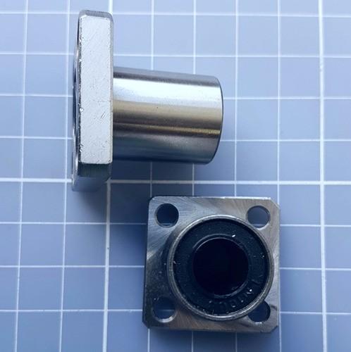 Rolamento Linear Com Flange Lmk10uu 10mm - Cnc / 3d