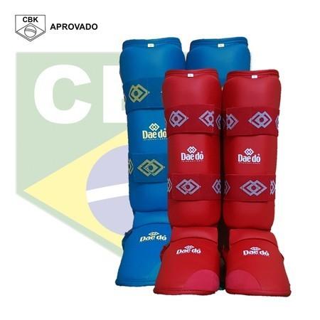 Kit com 2 Caneleiras com Botas Karate Daedo Pro -  Selo CBK
