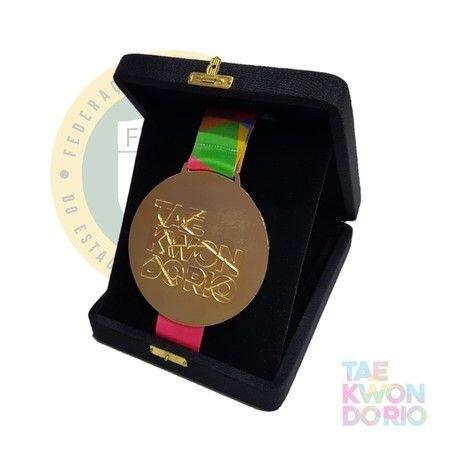 Medalha com estojo Oficial Taekwondo Rio e Draft