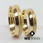 Alianças de Casamento Ouro Polidas e Diamantadas 15g WD8790