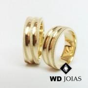 Alianças de Casamento Ouro Polidas e Diamantadas 17g WD8835