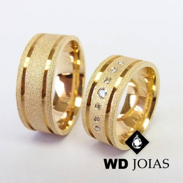 Aliança de Casamento Ouro Reta Diamantada 8mm 20g WD8773