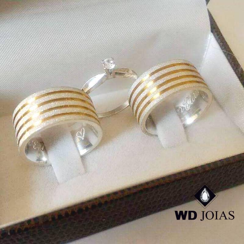 Aliança de Compromisso Prata Ouro Diamantada 10mm 26g MJP91