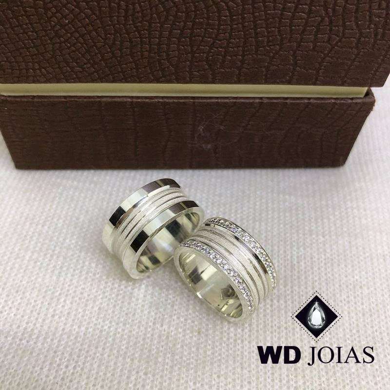 Aliança de Compromisso Prata Polida e Fosca 10mm 22g MJP82