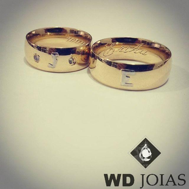 Alianças Casamento Moeda Antiga Polida com Letras 7mm MJM98