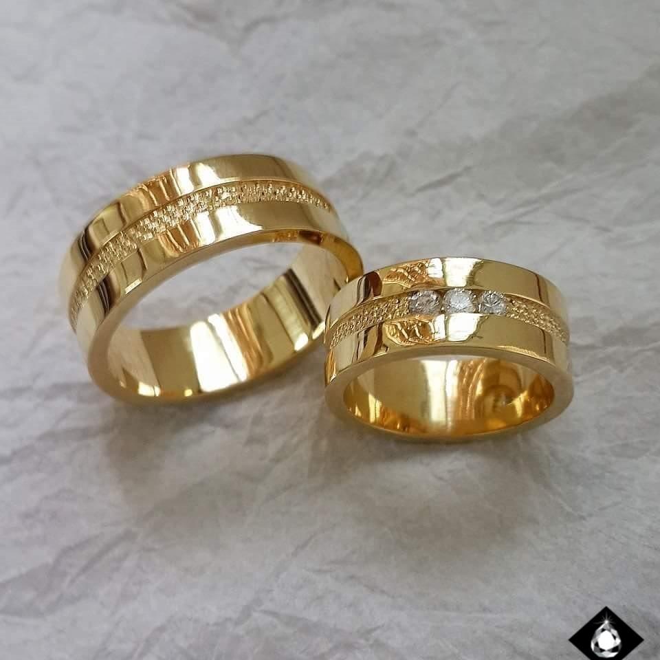 Alianças Casamento Ouro Polida com Brilhante 9mm 20g WD8723