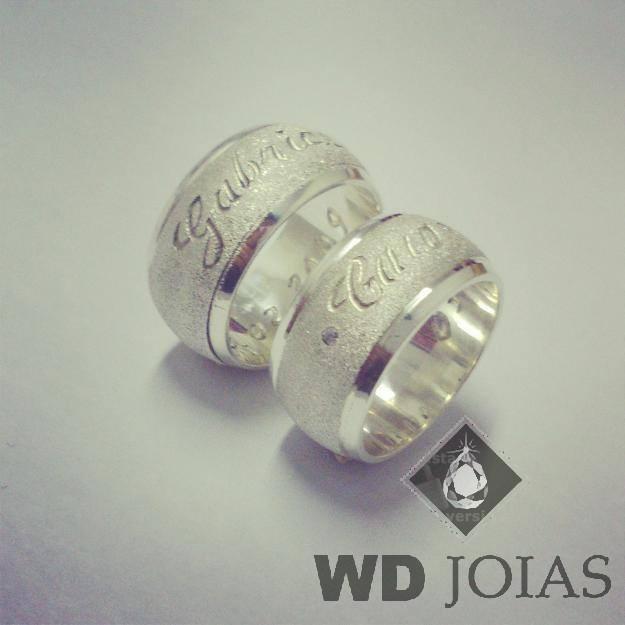 Alianças Compromisso Prata Diamantadas 10mm 20g MJP112