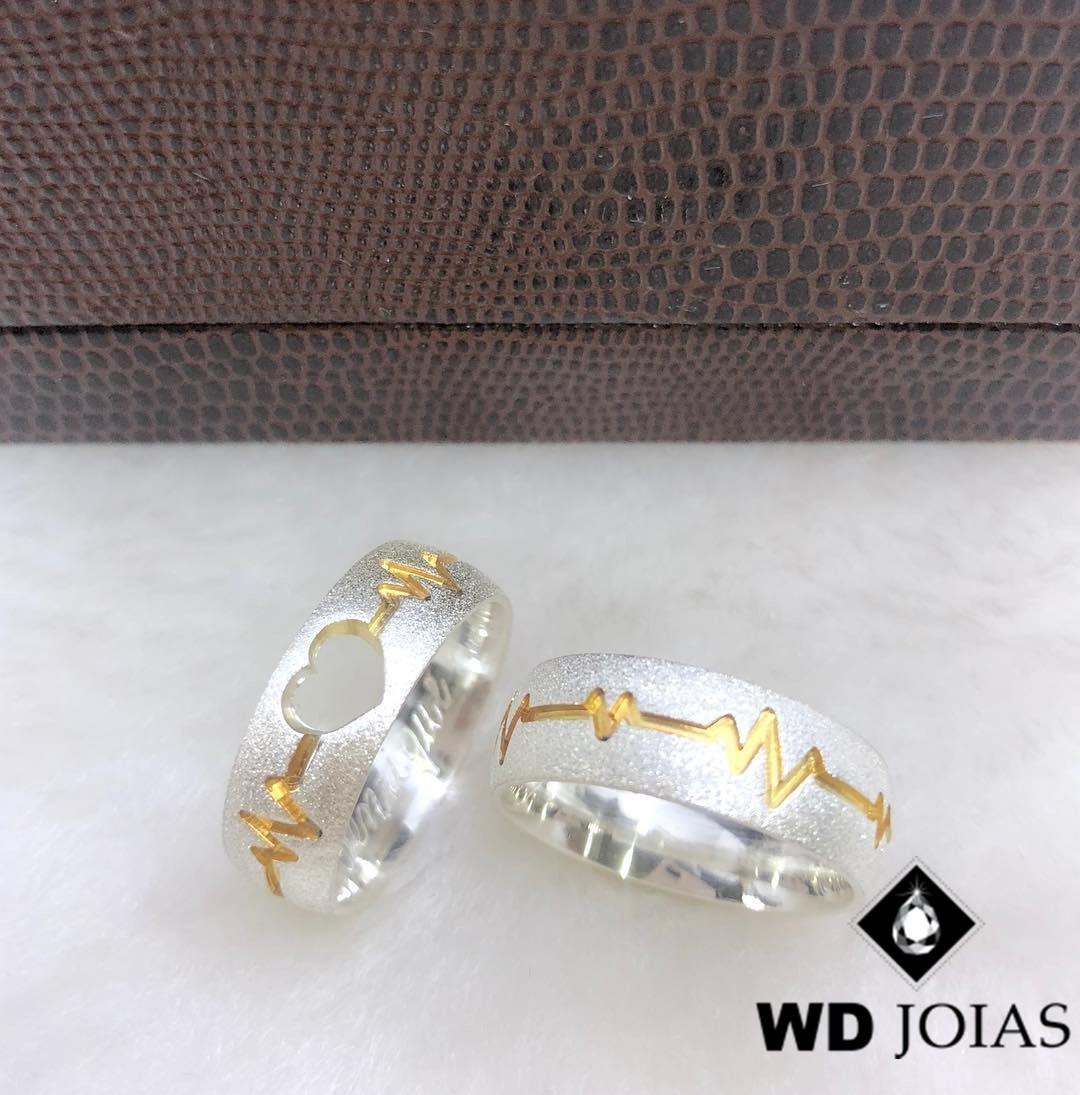 Alianças Compromisso Prata e Ouro Anatômica 7mm 16g MJP71