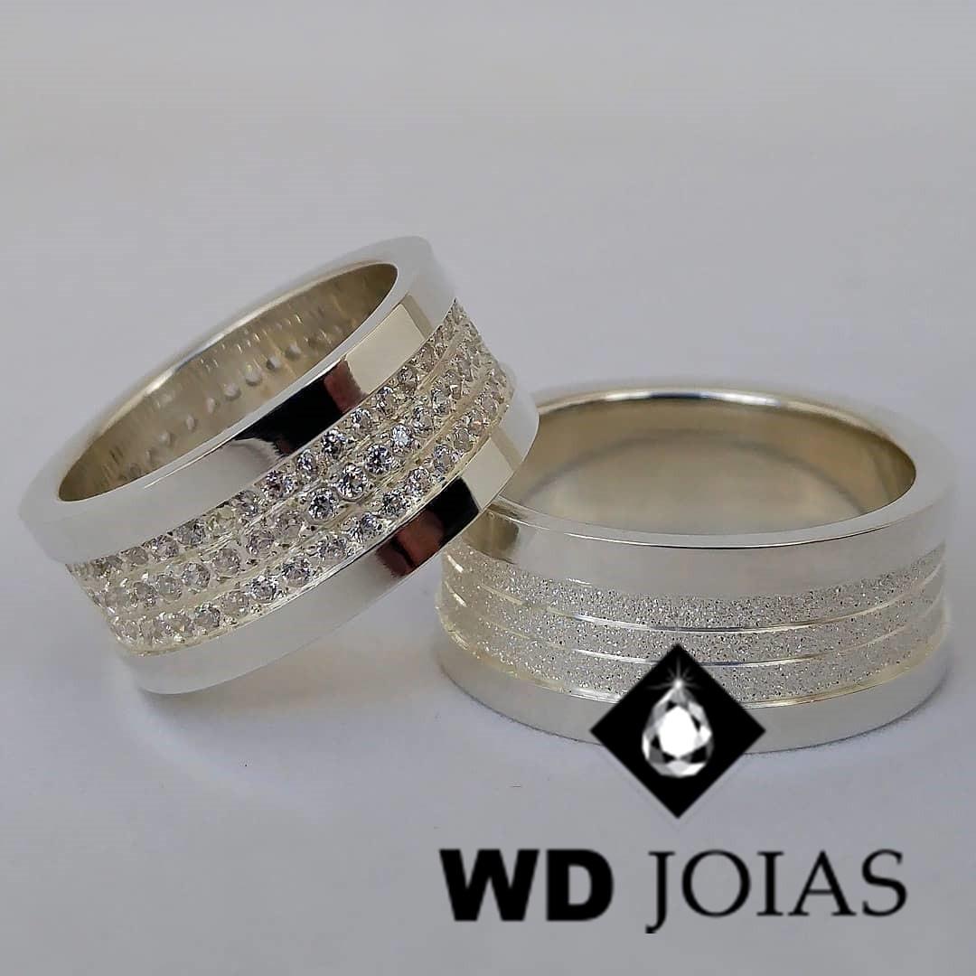 Alianças Compromisso Prata Polida Diamantada 10mm 25g MJP62