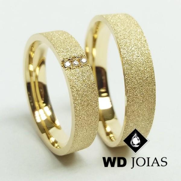 Alianças de Casamento Ouro Anatômica Diamantada 12g WD8824