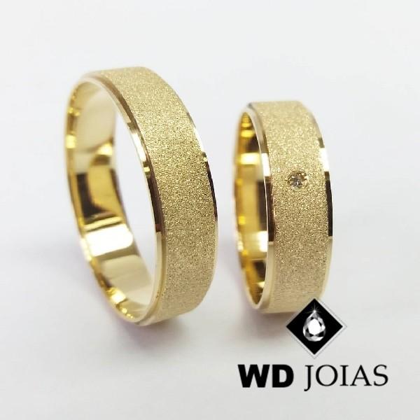 Alianças de Casamento Ouro Anatômica Diamantada 15g WD8778