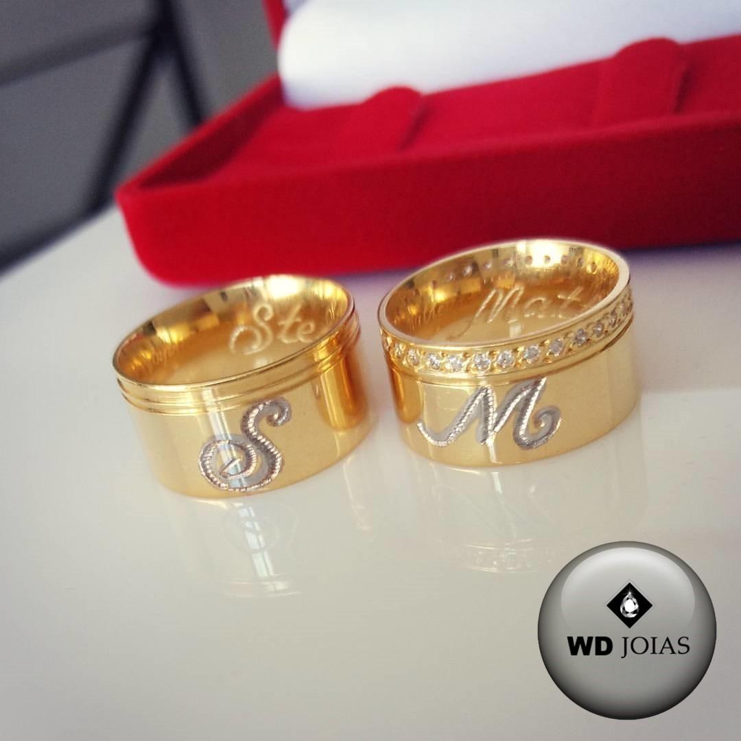 Alianças de Casamento Ouro Com as Iniciais 10mm 23g WD8757