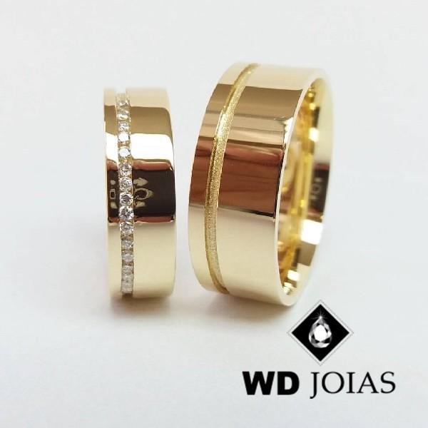 Alianças de Casamento Ouro Com Diamantes Polidas 19g WD8861