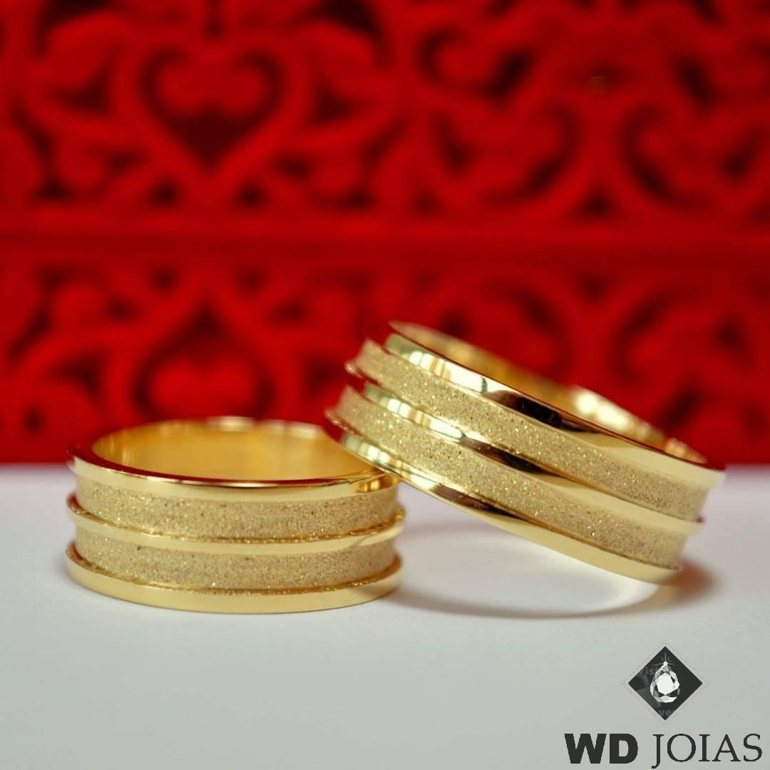 Alianças de Casamento Ouro Com Frisos Gratinado 14g WD8742