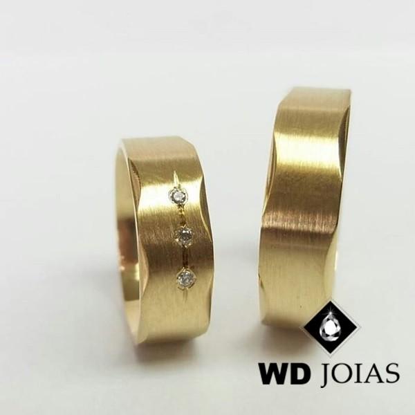 Alianças de Casamento Ouro Fosco Acetinado 7mm 15g WD8836