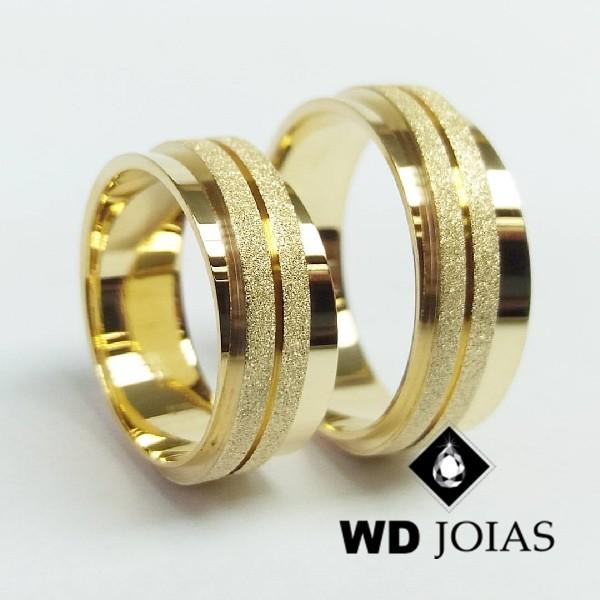 Alianças de Casamento Ouro Polidas e Diamantadas 19g WD8855